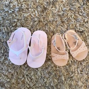 Baby girl sandals size 5 and 6-12 months